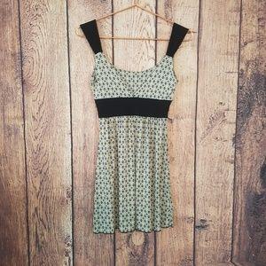 Charlotte Russe Gray black yellow dress size ?2?